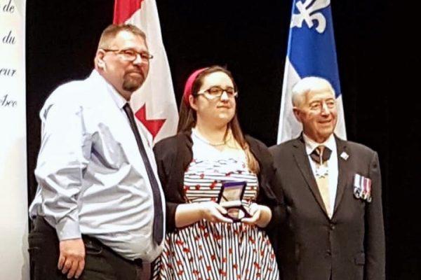 Pascale reçoit le prix du Lieutenant Gouverneur!